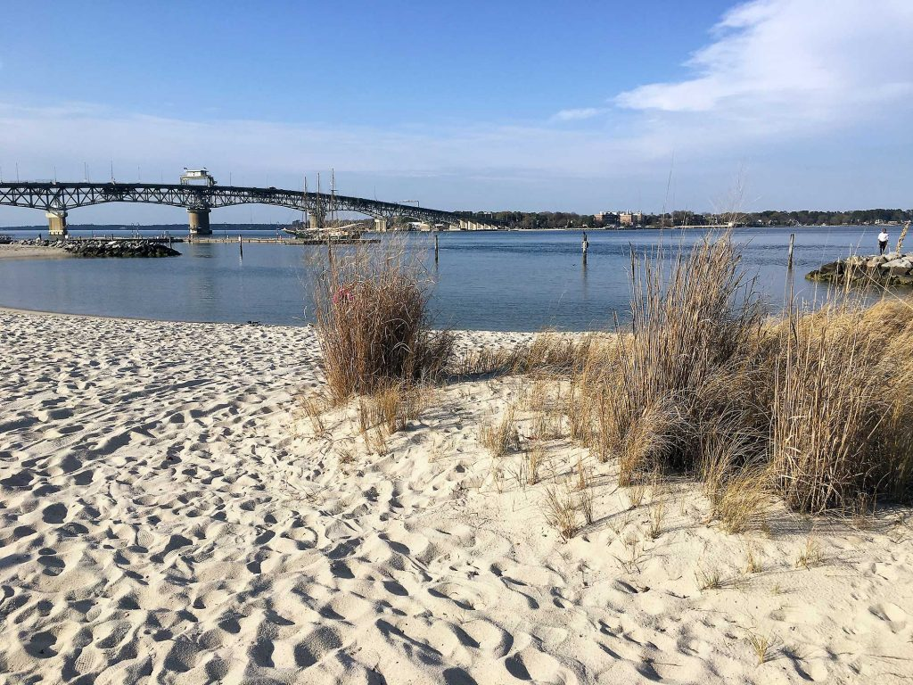 yorktown-beach-va-april-2018-6033-2